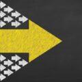 チームリーダーの役割とは|4つの必須スキルを活かしてリーダーシップを発揮する